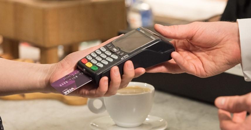 Registračná pokladňa FiskalPRO VX675 mobilná eKasa paltba kartou